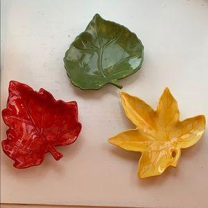 Decorative leaf dishes